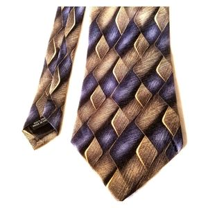 Mens Silk Tie by Martin Wong Screenplay